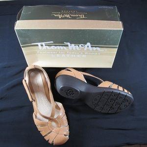 Thom McAn Debra II Sandals NIB